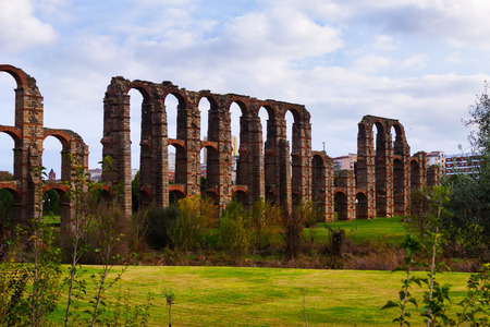 acueducto: Day view of old  aqueduct at Merida. Spain