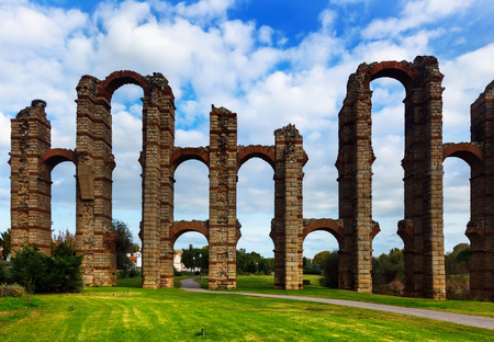 acueducto: Day view of Acueducto de los Milagros. Merida, Spain Stock Photo