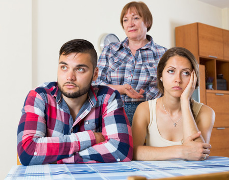 argues: Young family has a  stressful conversation with there mother