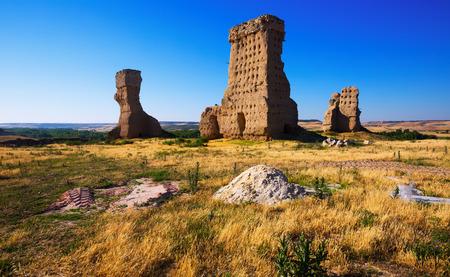 castile: destroyed castle of Palenzuela. Castile and Leon, Spain Stock Photo