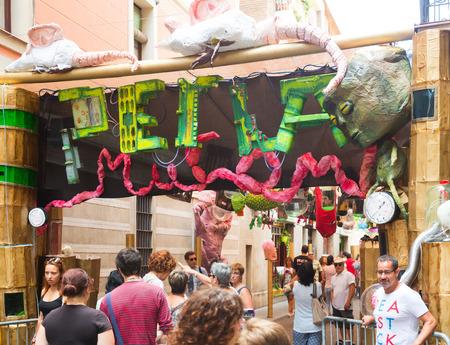 festa: BARCELONA, SPAIN - AUGUST 16, 2015:  Gracia Festa Major in Barcelona. Decorated streets of Gracia district