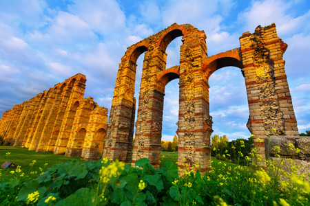 acueducto: Wide angle shot of old roman aqueduct in  evening lights. Merida, Spain