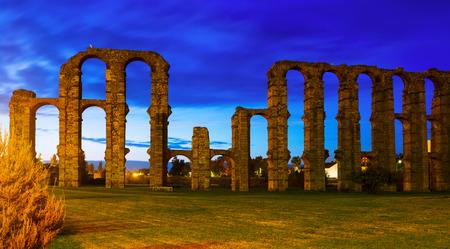 acueducto: Acueducto de los Milagros in evening time. Merida, Spain