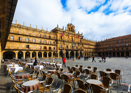 mayor: SALAMANCA, SPAIN - NOVEMBER 17, 2014: Plaza Mayor is located in  center of Salamanca