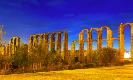 acueducto: night view of  roman aqueduct at Merida.  Spain