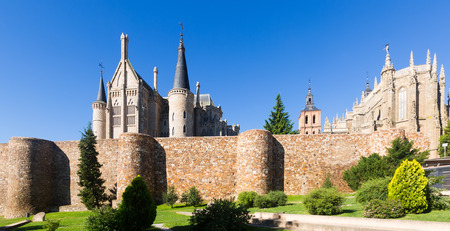 episcopal: Ancient town walls,  Cathedral and Episcopal Palace of Astorga in summer.  Castile and Leon, Spain Stock Photo