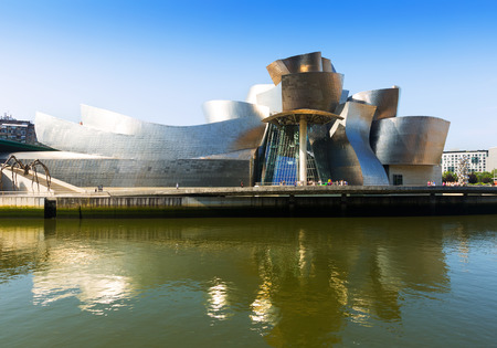 ry: BILBAO, SPAIN - JULY 4, 2015:  Guggenheim Museum Bilbao  by Canadian-American architect Frank Gehry. Bilbao ry