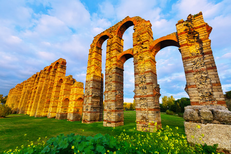 acueducto: Wide angle shot of  roman aqueduct in  evening lights. Merida, Spain