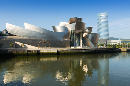 basque country: BILBAO, SPAIN - JULY 4, 2015:  Guggenheim Museum Bilbao is  museum of modern and contemporary art, designed by Canadian-American architect Frank Gehry. Bilbao, Basque Country