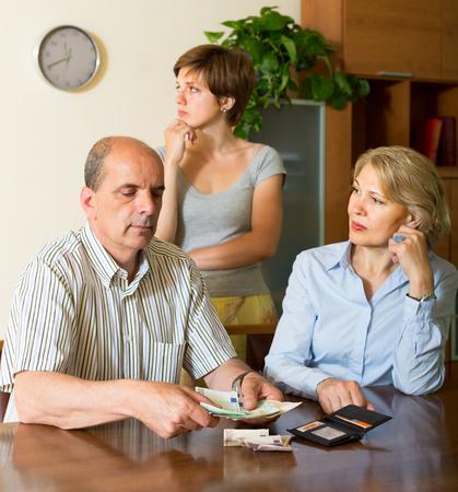 daughter in law: Upset daughter in law begging parents of pocket money