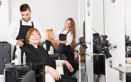 25 35: barber makes the cut for european woman