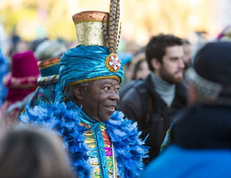 the magi: BARCELONA, SPAIN - JANUARY 5, 2016: Cabalgata de Reyes Magos in Barcelona. Cavalcade of Magi is traditional parade of kings  in all Spanish cities Editorial