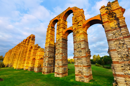 acueducto: Wide angle shot of antique  roman aqueduct in  evening lights. Merida, Spain
