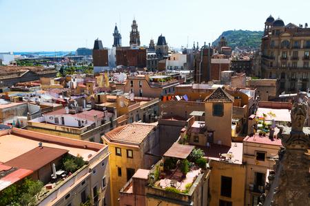 gotico: Los techos de la ciudad de Santa María del mar. Barcelona