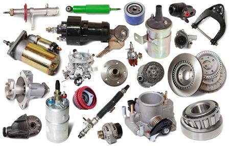 große Sammlung von mechanischen Autoteile für die Wartung isoliert auf weißem Hintergrund