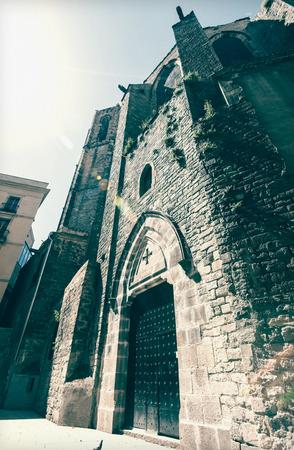 gotico: Santa María del Pi en el barrio gótico. Barcelona, ??España Foto de archivo