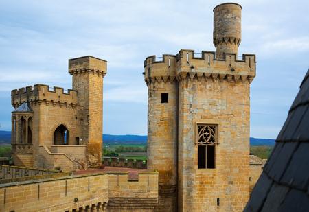 Torens van gotische kasteel. Olite, Spanje