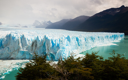 View of glacier Perito Moreno (Glaciar Perito Moreno) located in national park Los Glyacious. Patagonia, Argentina