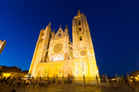 Wide angle shot of Cathedral of Leon in night time .  Castile and Leon, Spain Stock Photo