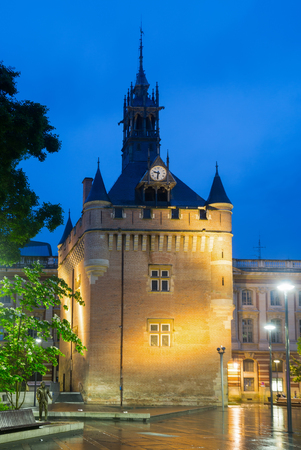 Night view of Donjon du Capitole building at square of General de Gaulle in Toulouse  Stock Photo