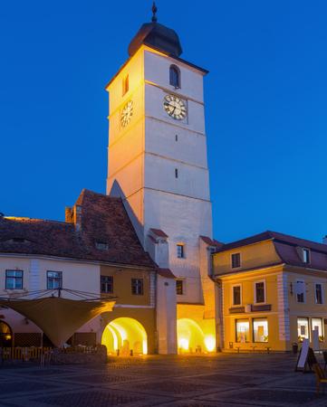 タワーの広場などのイメージは、ルーマニアのシビウの建築ランドマークです。 写真素材