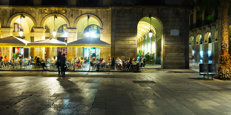 Nightlife of popular lively Placa Reial in Barcelona, Spain Stock Photo