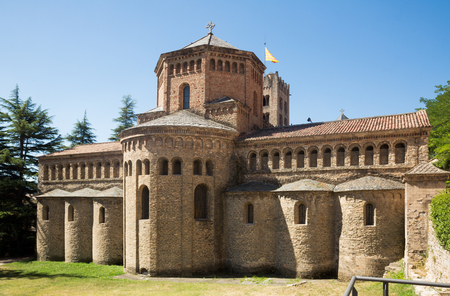 Benedictine Monastery of Santa Maria de Ripoll most significant Romanesque ensemble of Catalonia Archivio Fotografico - 103933975