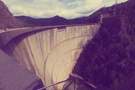 Image of Vidraru Dam in Romania.