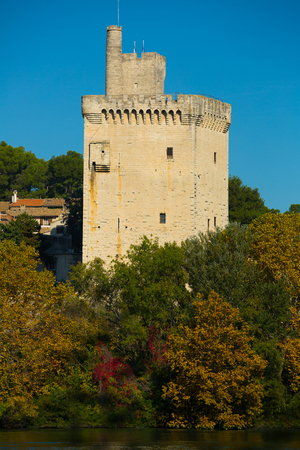 View of Tour Philippe Le Bel in France, Villeneuve lez Avignon at autumn Banque d'images - 122799153