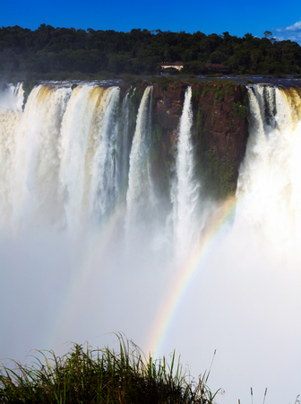 General viewing of the impressive Iguazu Falls system in Argentina Banque d'images - 123223980