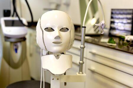 Protective mask for facial rejuvenation procedures 写真素材 - 124636631