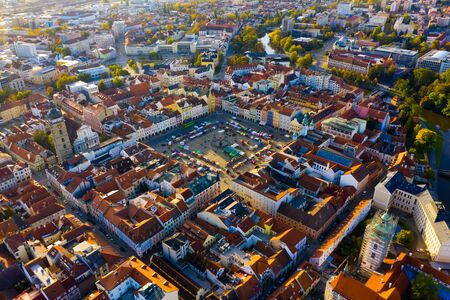 Panoramablick von oben auf die Stadt Ceske Budejovice. Tschechien