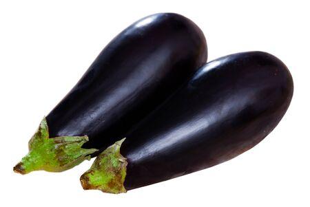 Closeup of fresh eggplants. Healthy vegetarian ingredient. Isolated over white background Banco de Imagens
