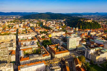 Aerial view of Ljubljana cityscape with buildings and streets 免版税图像