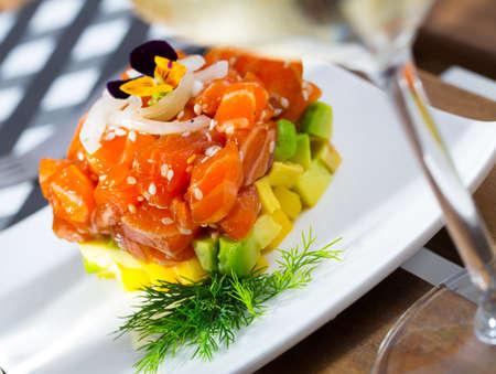 Tuna tartar with avocado and onion