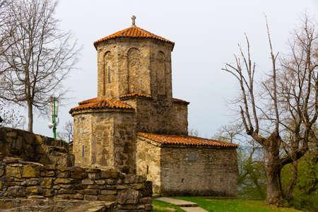 Church of Archangel Michael in Georgian Nekresi monastery in spring Zdjęcie Seryjne