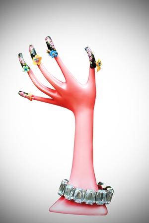 uñas pintadas: Pintado con el modelo de la mano de Rosa  Foto de archivo