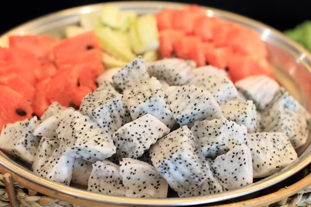 dragonfruit: Dragon-fruit slices