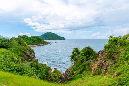 Beautiful sea and mountain views under the bright blue sky. Reklamní fotografie