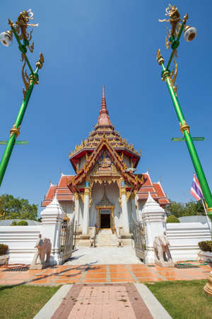 Wat Chantharangsee is a beautiful temple and is also a major tourist attraction of Ang Thong Province in Thailand.