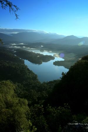 taman: The lake view on top of Crystal Hill (Locally Known as Bukit Tabur, located at Taman Melawati, Kuala Lumpur)