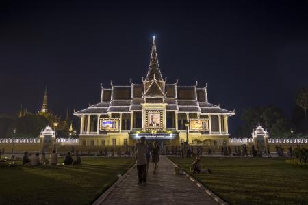 penh: royal palace in phnom penh cambodia illuminated in honor of deceased king norodom sihanouk