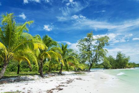 カンボジアの島栄島パラダイス ビーチ