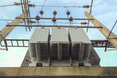 transformator: Under The Transformer