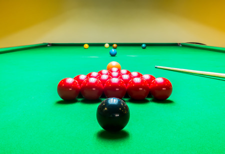 snooker cue: Opening Frame of Snooker Game with Cue from Back