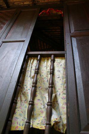 malay village: Ancient Hut ventana