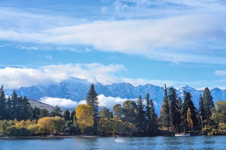 The coast of Queensland New Zealand from Lake Wakatipu