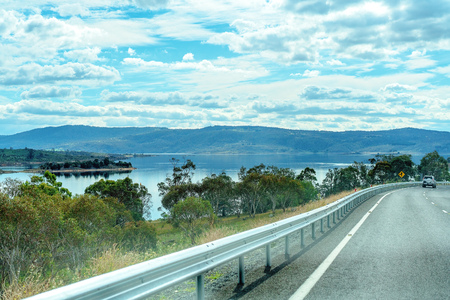 Road Trip - Scenic route along a lake in country New South Wales Australia Imagens