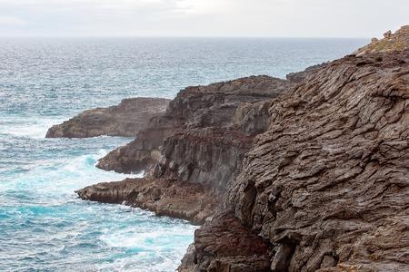 Blowholes marine erosion on the rocky Australian coastline near Portland in Victoria 스톡 콘텐츠