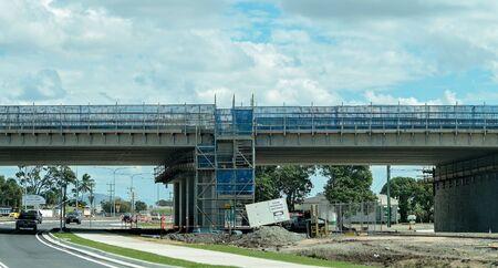 Mackay, Queensland, Australia - July 2019: Roadwork infrastructure building a new highway overpass Stockfoto - 133173514